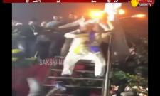 Asaduddin Owaisi Dance Performance At Maharashtra Election Campaign