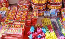 40 Percent Sivakasi Products Down in Tamil nadu - Sakshi