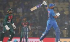 Thought Of Hitting 6 Sixes In An Over Shreyas Iyer - Sakshi