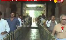 Huge Crowd of Devotees at Srisailam
