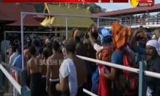 Sabarimala temple opens for prayers - Sakshi