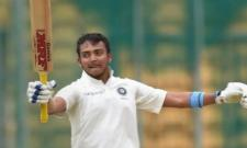 Prithvi Shaw In Team India Opener's Race With Double Hundred - Sakshi