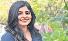 Manjima Mohan Recovering After Leg Surgery - Sakshi