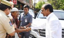 Watch, KCR Stops Convoy And Helps Old Man In Tolichowki - Sakshi