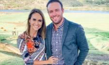 De Villiers' Boring Meditation Routine, Hit His Wife By Ball - Sakshi