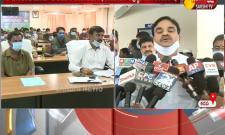 AP Deputy CM Amjad Basha Distributes Vahana Mitra Funds
