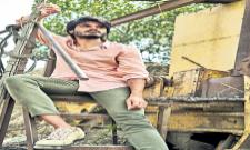 Anand Deverakonda and Varsha Bollamma team up for Middle Class Melodies - Sakshi