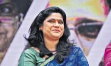 Renuka Shahane Tribhanga Movie - Sakshi