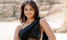 Anushka Shetty Will Romance With Young Hero - Sakshi