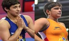 Indian Wrestlers Anshu Malik And Sonam Malik Qualify For Olympics - Sakshi