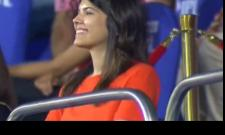 IPL 2021: Fans Trolls SRH CEO Kavya Maran Laughs After SRH Win Viral - Sakshi