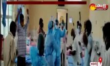 Nurses dance with covid patients