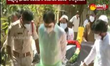 Bhumana karunakar Reddy performs last rites of 21 Covid victims
