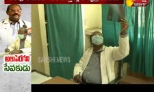 Doctor Helping Poor People In Pithapuram Hospital