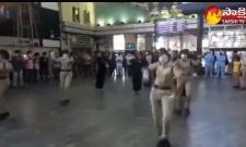 Chennai Railway Police Raise Covid19 Awareness With performance