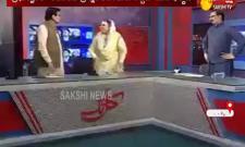 Pak Leaders Fight In Live Debate