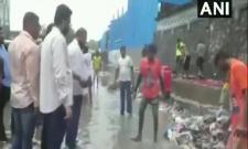Viral Video: Shiv Sena MLA Inhumanly Attacked Contractor Mumbai