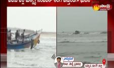 boat capsized on the Uppada beach