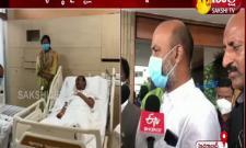 Bandi Sanjay visiting Etela Rajendhar At Apollo Hospital