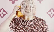 Mexican Rapper Dan Sur Gets Gold Chains Implanted in His Scalp - Sakshi