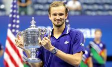 US Open 2021: Medvedev Wins First Grand Slam Beating Djokovic In Final - Sakshi