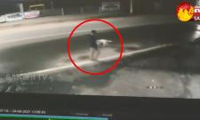 Thieves Hulchul in Liquor Shop