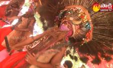 Garam Garam Varthalu: Gusadi Dance Adilabad