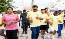 Hyderabad Heritage 10k And 5k Run At Charminar - Sakshi
