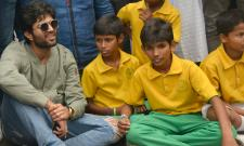 Vijay devarakonda celebrated the 72nd independence day Photo Gallery - Sakshi