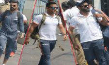 Indian cricket team arrives in Vizag ahead of second ODI Photo Gallery - Sakshi