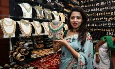 Actress Navya Swamy Inaugurated Trendz Expo Taj Krishna Photos - Sakshi
