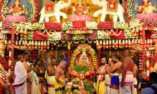 Varalakshmi Vratham Tiruchanur Sri Padmavathi Temple Photo Gallery - Sakshi