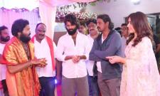 Vijay Deverakonda And Raashi Khanna Ganesh Celebrations At Asian Group Office Photo Gallelry - Sakshi