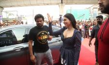 Samantha Launches Oneplus Mobiles at BIG C Photo Gallery - Sakshi