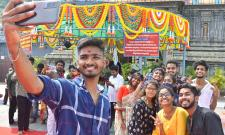 Dussehra Celebrations in Kanaka Durga Temple Vijayawada - Sakshi