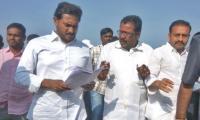 Ramamurthy met Jagan Mohan Reddy, shared his grievances - Sakshi