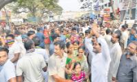 Youth are happy with YS Jagan announcement of jobs revolution - Sakshi