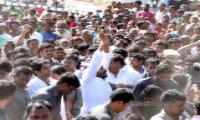 ys jagan mohan reddy prajasankalpayatra completes 15th day - Sakshi