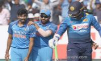 india beats srilanka win odi series 2-1 - Sakshi