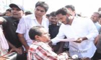 Ys Jagan Mohan Reddy Padayatra photos in peda kaapavaram day 171 - Sakshi