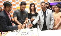 Rashmika Mandanna Launches Happi Mobiles at Banjara Hills Photo Gallery - Sakshi
