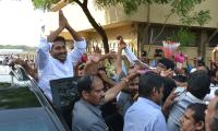 YSRCP Chief YS Jagan receives a grand welcome at Hyderabad Photo Gallery - Sakshi
