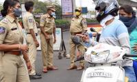 Lockdown in Hyderabad City Photo Gallery - Sakshi