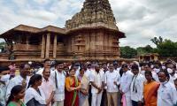 Telangana ministers visit UNESCO recognized Ramappa Temple Photo Gallery - Sakshi