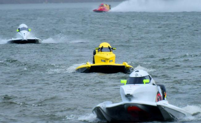 F1H2O Power Boat Race at Vijayawada Photo Gallery - Sakshi