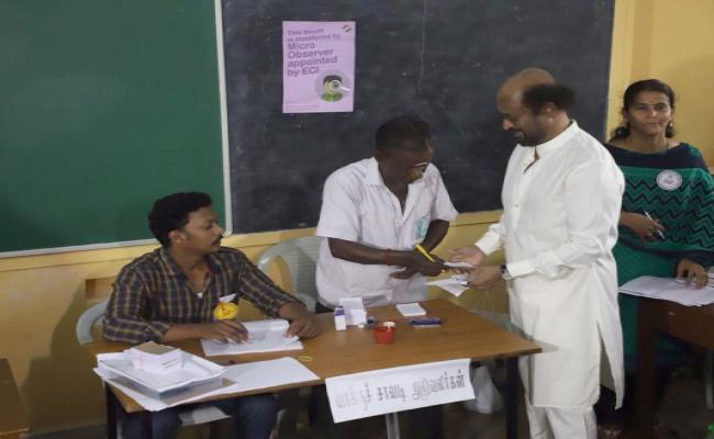 Tamil Movie Stars Cast Vote in Tamil Nadu Election Photo Gallery - Sakshi