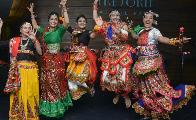 Dandiya Dance Navratri Garba Dance Events in Hyderabad - Sakshi
