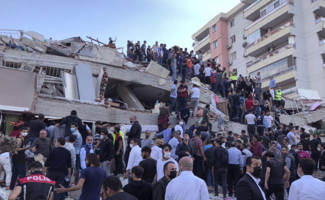 Powerful earthquake felt in Turkey Photo Gallery - Sakshi