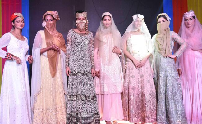 Suchir India Grand Fashion Show at Hyderabad - Sakshi