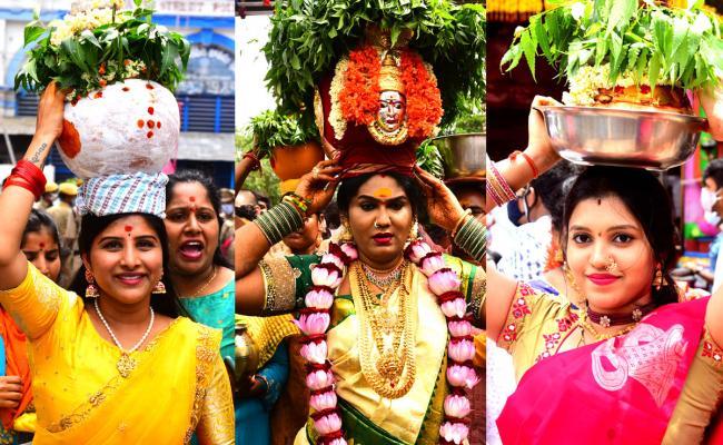 Secunderabad Ujjaini Mahankali Bonalu 2021 - Sakshi